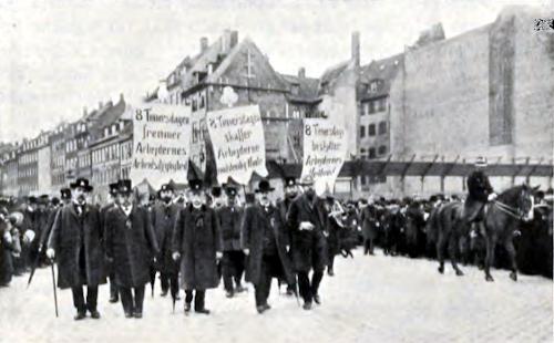 Arbejderoptog med banner for 8 timers arbejdsdag