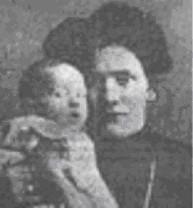 Billede. Dagmar Overby med barn.
