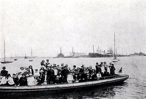 Provinsbørn på kanalrundfart